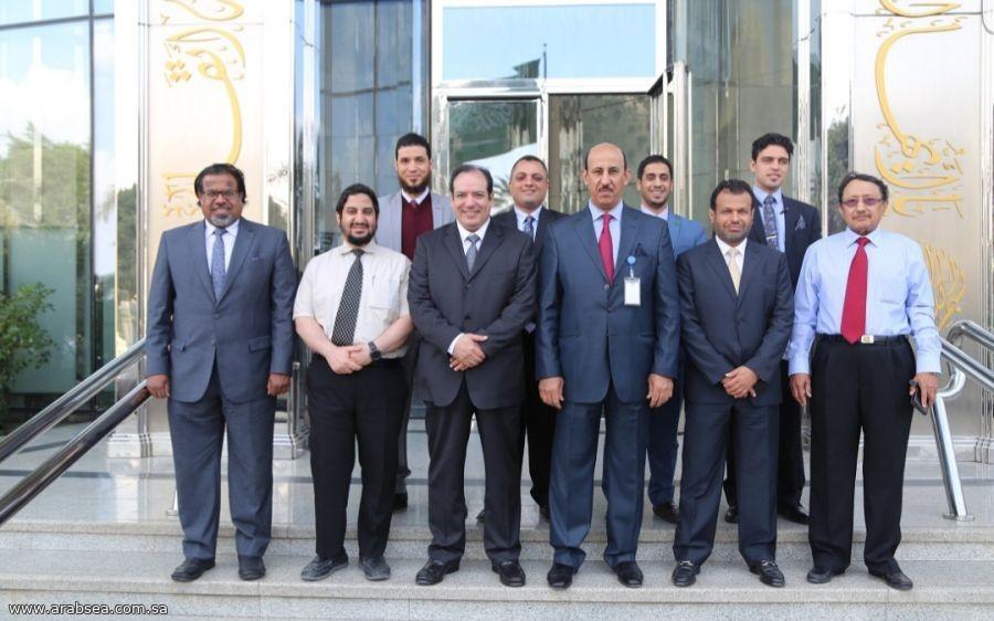 السفير السعودي بالقاهرة يشيد بلجنة المؤسسات التعلمية غير السعودية