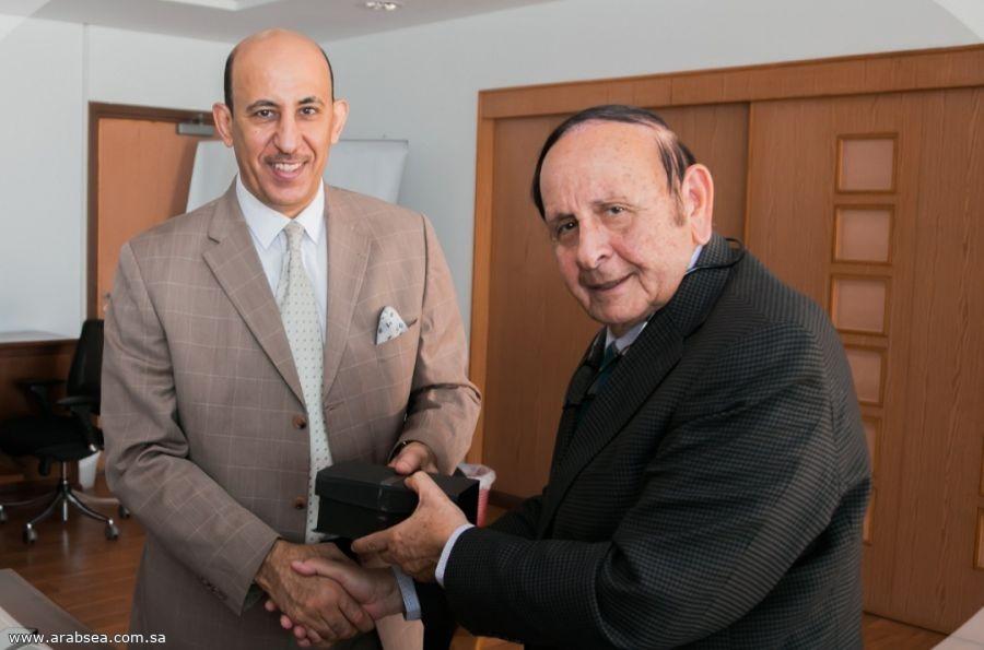 تعاون الملحقية الثقافية السعودية مع جامعة النيل في مجال البحث العلمي