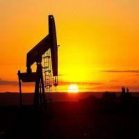 وزير الطاقة الأمريكي: العرض والطلب على النفط سيتوازنان خلال عام