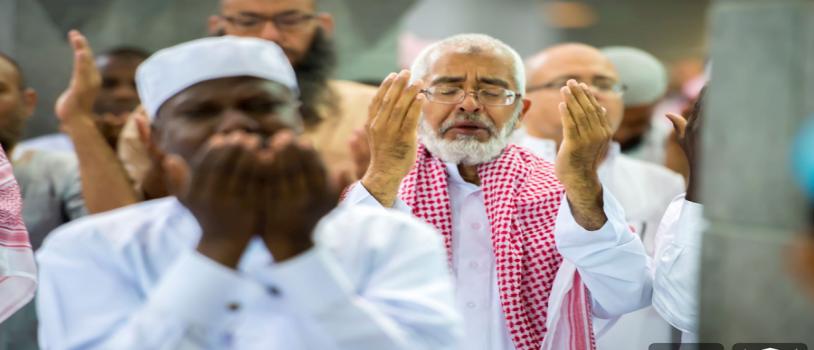 أكثر من مليوني مُصَلٍّ في المسجد الحرام يحضرون ختم القران