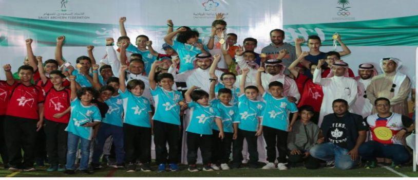 السفير يتوج الفائزين ببطولة المملكة الختـامية للسهـام 2018م