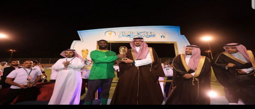 نائب أمير منطقة المدينة المنورة يتوج السنغال بكأس العالم بالجامعة الإسلامية
