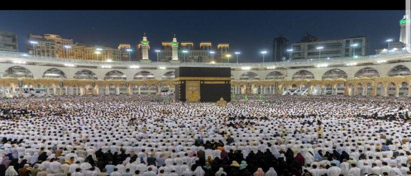 في ليلة السابع والعشرون من رمضان .. قاصدي المسجد الحرام يعبرون عن مشاعرهم ويثمنون جاهزية الخدمات المقدمة لهم