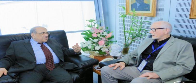 مدير مكتبة الإسكندرية يستقبل مستشاري المكتبة النيوزيلندية