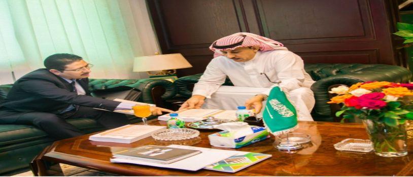 الملحق الثقافي السعود مؤتمرات اللغة العربية تساعد على الترابط الفكري بين الأمة الواحدة