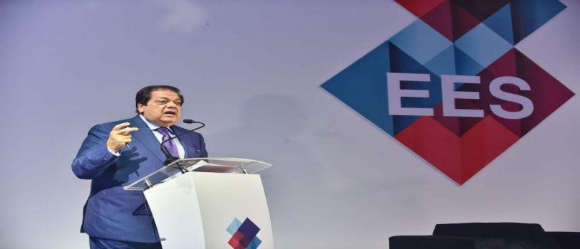 أبو العينين يدعو لعقد مؤتمر دولي لكبار صناع العالم للاستثمار في مصر ويطالب بإعادة النظر بمنظومة تكاليف الاستثمار والإنتاج