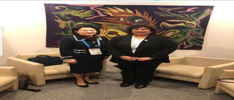 وزيرة الثقافة  تناقش سبل تعزيز العلاقات الثقافية مع وزراء أربعة  دول فى باريس