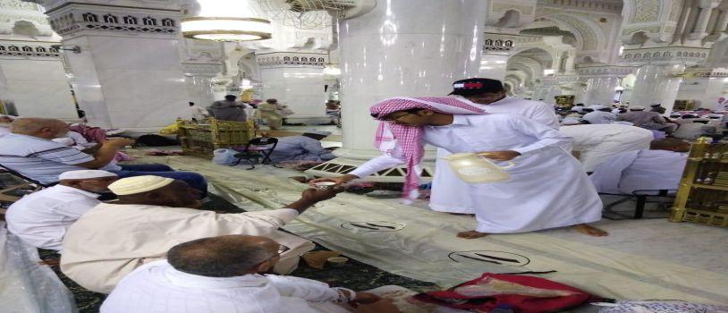200 طالبا متطوعا ينضمون لتراحم مكة خدمة للمعتمرين