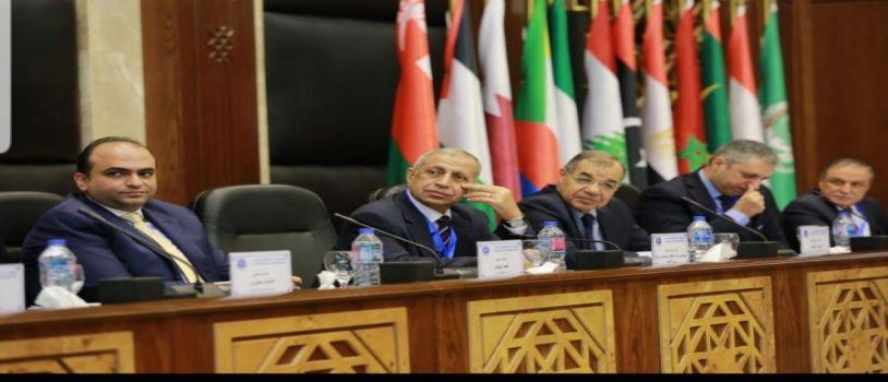 د.اسماعيل عبد الغفار .. الاكاديمية سباقه في استخدام التكنولوجيا في كافة مجالات العلمية